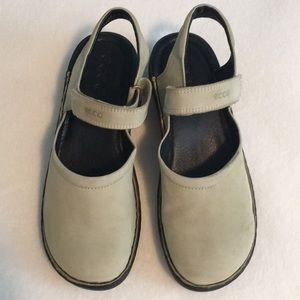 Ecco leather sandals, new without tags